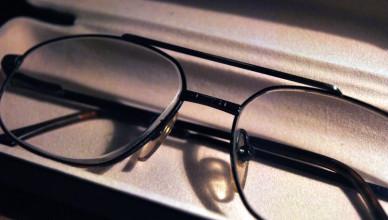 Okulary na receptę - jak odebrać refundację NFZ?