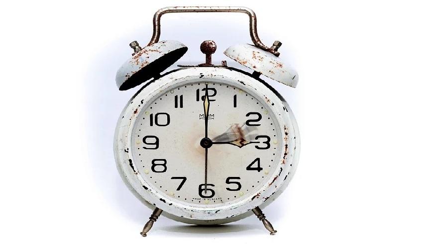Przestawienie zegarków na czas letni już w marcu 2020 roku