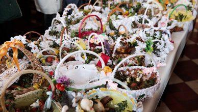 Jak poświęcić jajka w domu? Instrukcja święcenia pokarmów