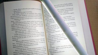Jaka lampka do czytania czyli przy jakim świetle najlepiej czytać książki?
