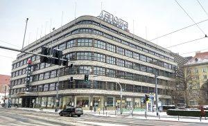 Parking Wrocław - Centrum Handlowe Renoma